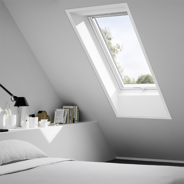 dachfenster austauschen und renovieren velux hat die passende l sung. Black Bedroom Furniture Sets. Home Design Ideas