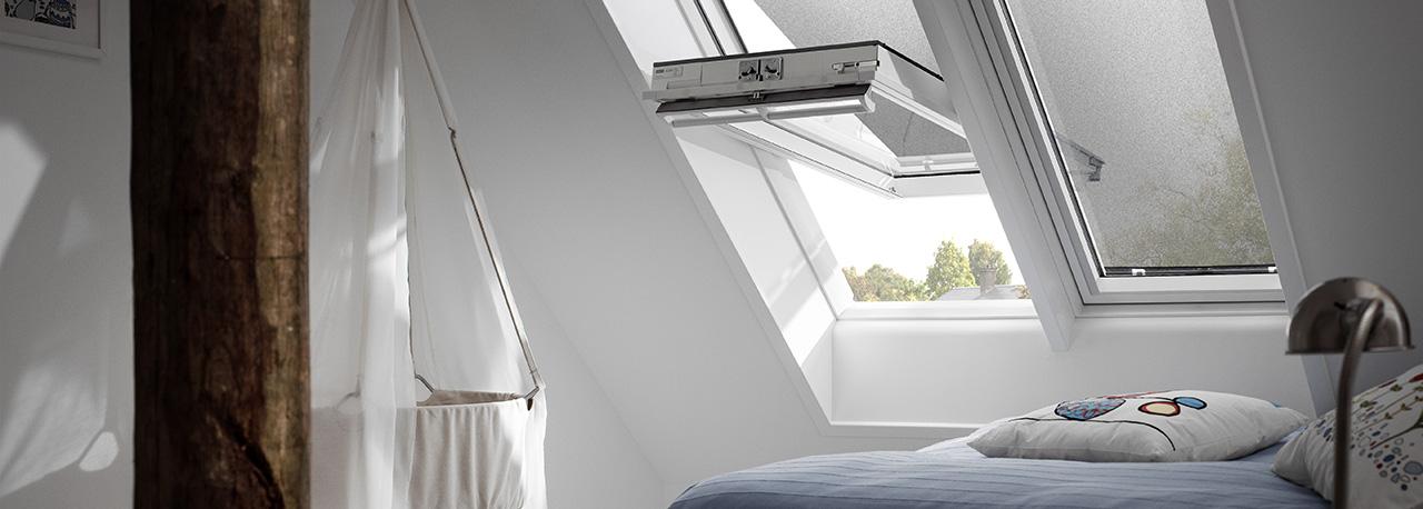 velux hitzeschutz markise f r dachfenster effektiv. Black Bedroom Furniture Sets. Home Design Ideas