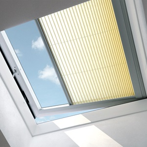 Velux Dachfenster Rollos Jalousien Plissees Markisen