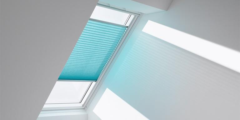 velux blinds ggu ebay rolladen velux blinds for skylight. Black Bedroom Furniture Sets. Home Design Ideas