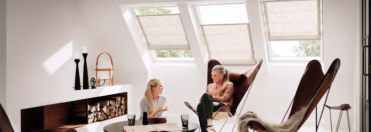 raffrollo rollosysteme zum wohnf hlen velux. Black Bedroom Furniture Sets. Home Design Ideas