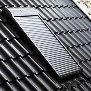 velux dachfenster rollos jalousien plissees markisen und roll den. Black Bedroom Furniture Sets. Home Design Ideas