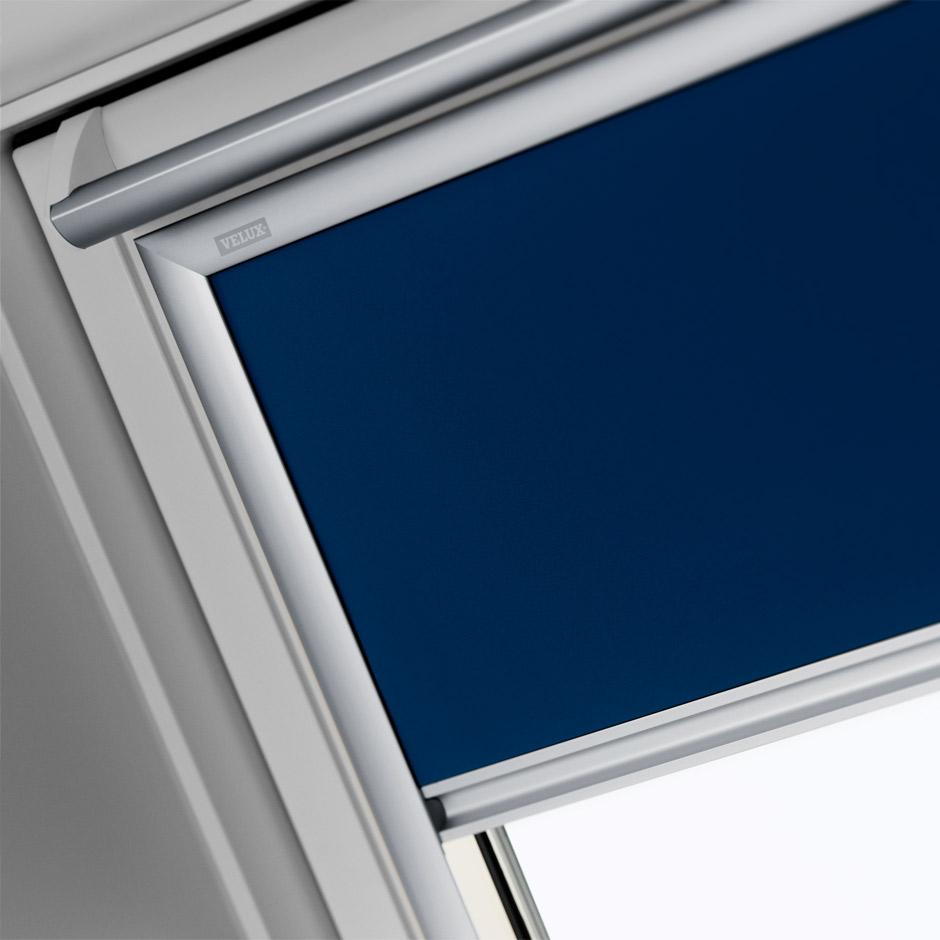 velux jalousien fr dachfenster interesting hausdesign velux dachfenster rollo halterung. Black Bedroom Furniture Sets. Home Design Ideas