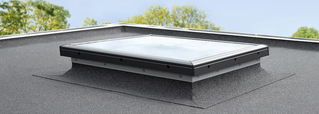 flachdachfenster lichtkuppel von velux licht und. Black Bedroom Furniture Sets. Home Design Ideas